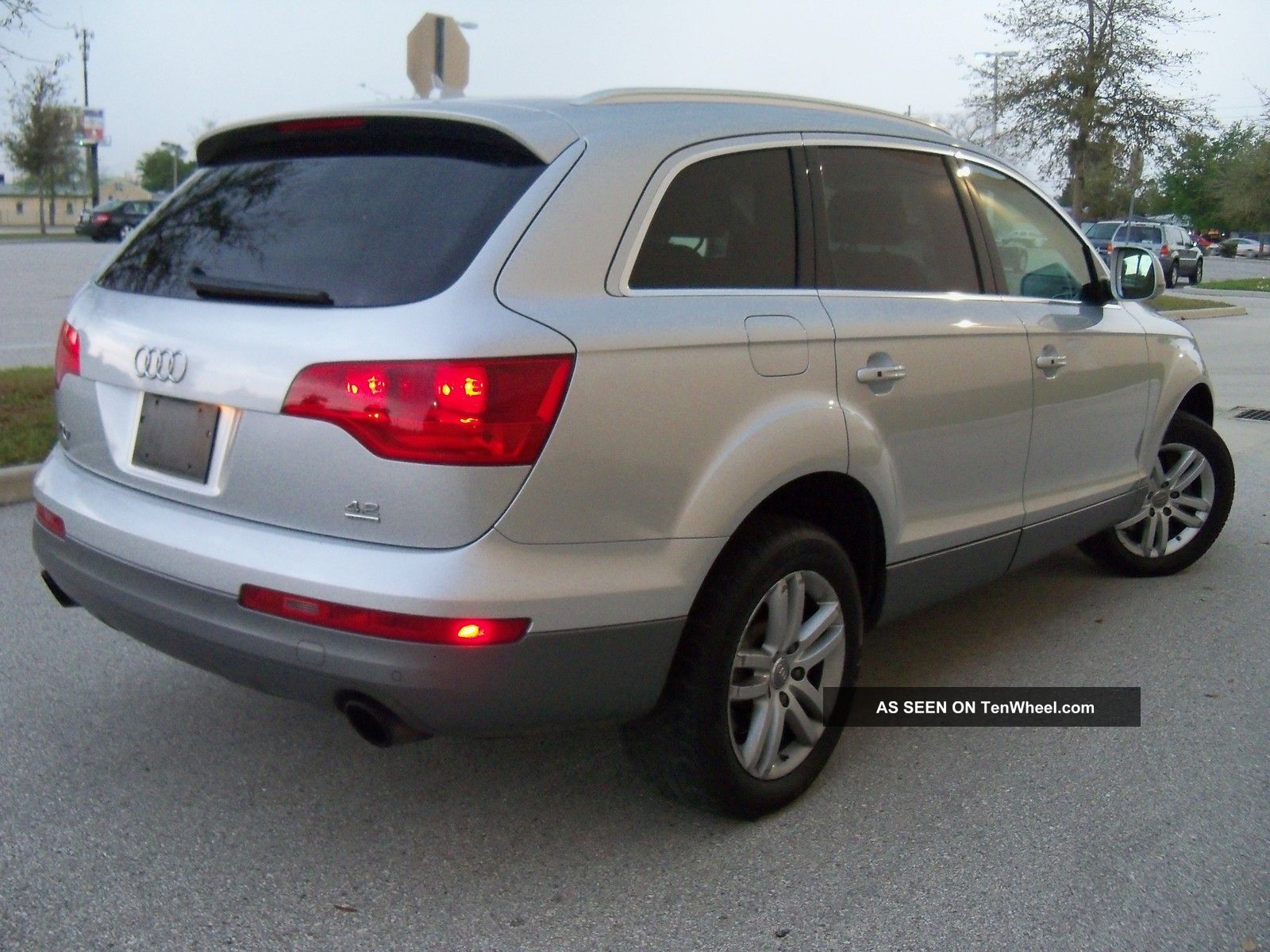 2007 audi q7 base sport utility 4 door 4 2l. Black Bedroom Furniture Sets. Home Design Ideas