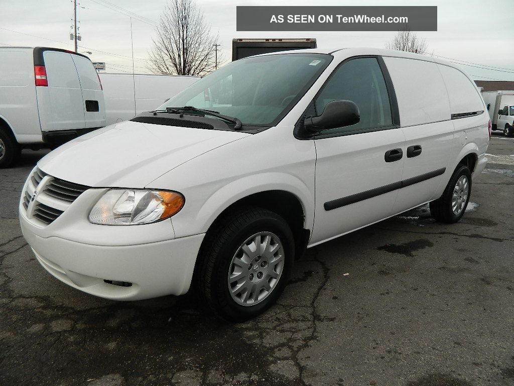 2006 Dodge Grand Caravan Base Mini Cargo Van 4 Door 3 3l