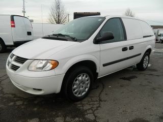 2006 Dodge Grand Caravan Base Mini Cargo Van 4 - Door 3.  3l photo