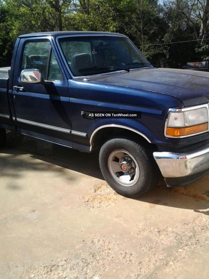 1994 ford f 150 xl standard cab pickup 2 door 4 9l. Black Bedroom Furniture Sets. Home Design Ideas