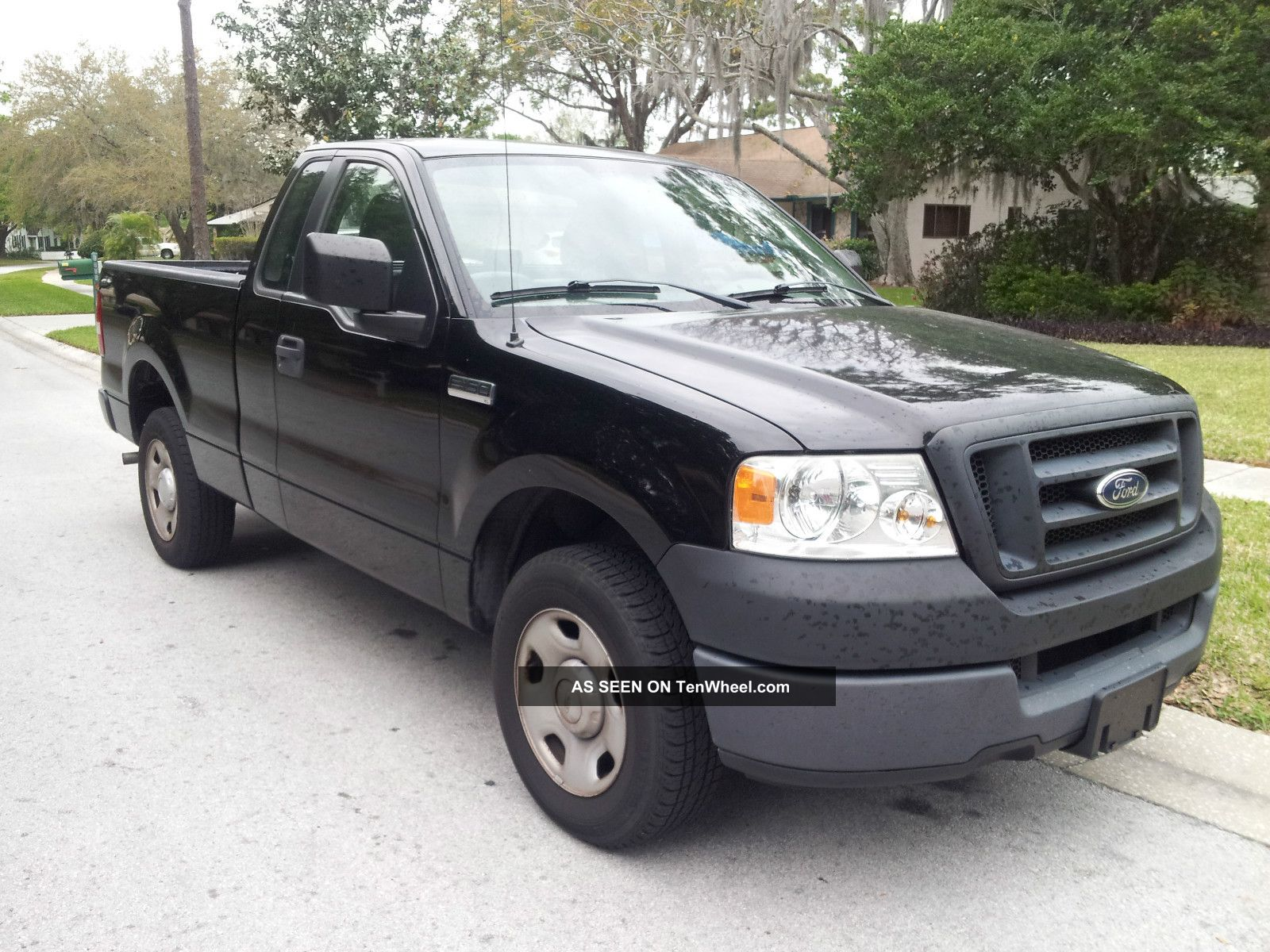 2005 ford f 150 xl extended cab pickup 4 door 4 2l. Black Bedroom Furniture Sets. Home Design Ideas