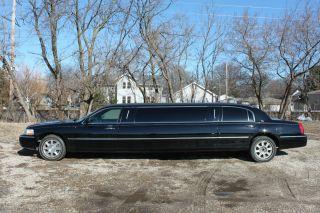 2009 Lincoln Stretch Limousine 100 photo