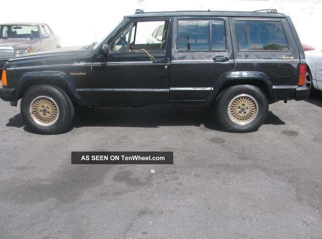 1990 Jeep Cherokee Limited Sport Utility 4 - Door 4.  0l Cherokee photo