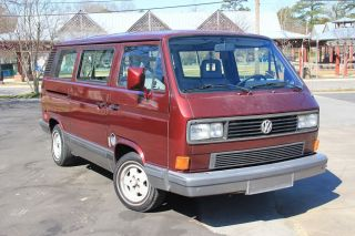 1991 Volkswagen Vanagon Gl Standard Passenger Van 3 - Door 2.  1l photo