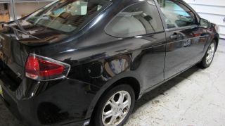 2009 Ford Focus Se Coupe 2 - Door 2.  0l photo