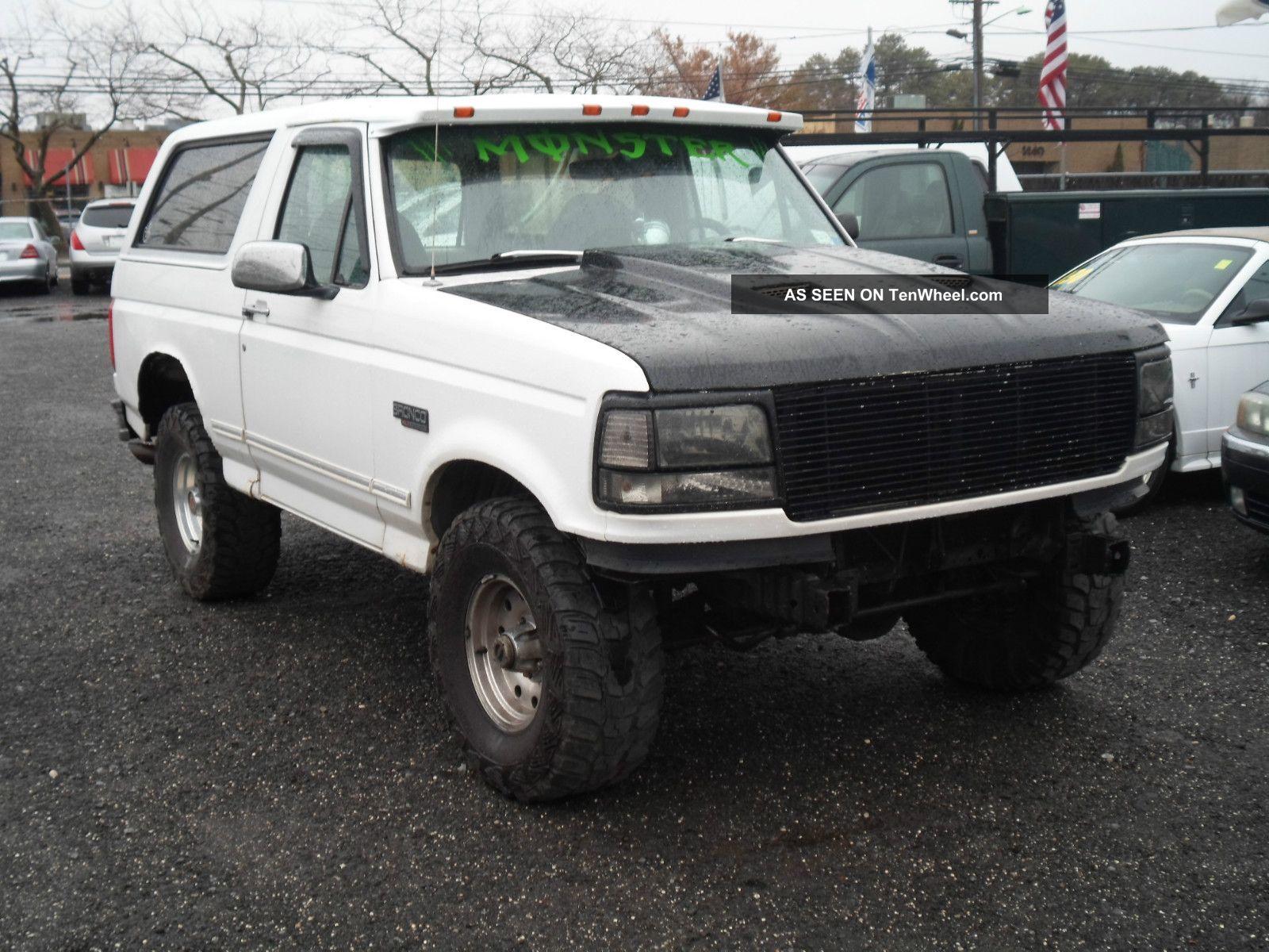 1994 Ford Bronco Xlt Sport Utility 2 - Door 5.  8l Bronco photo