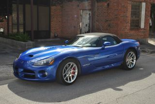 2006 Dodge Viper Srt - 10 Convertible 2 - Door 8.  3l photo
