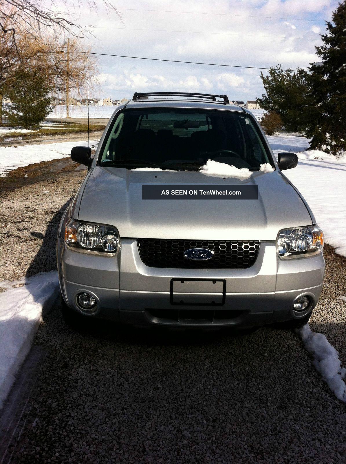 2007 Ford Escape Xlt Sport Utility 4 - Door 3.  0l Escape photo