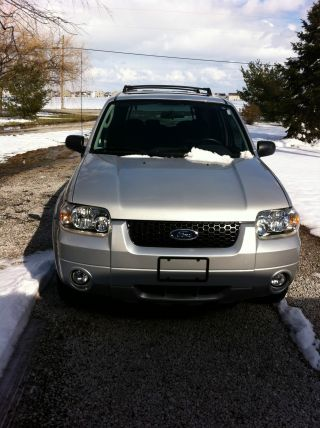 2007 Ford Escape Xlt Sport Utility 4 - Door 3.  0l photo
