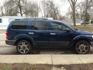 2005 Dodge Durango Sxt Sport Utility 4 - Door 4.  7l photo