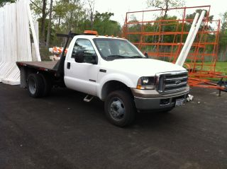 2004 Ford F450 Turbo Diesel Cab & Chassis 6.  0l Turbo Diesel photo