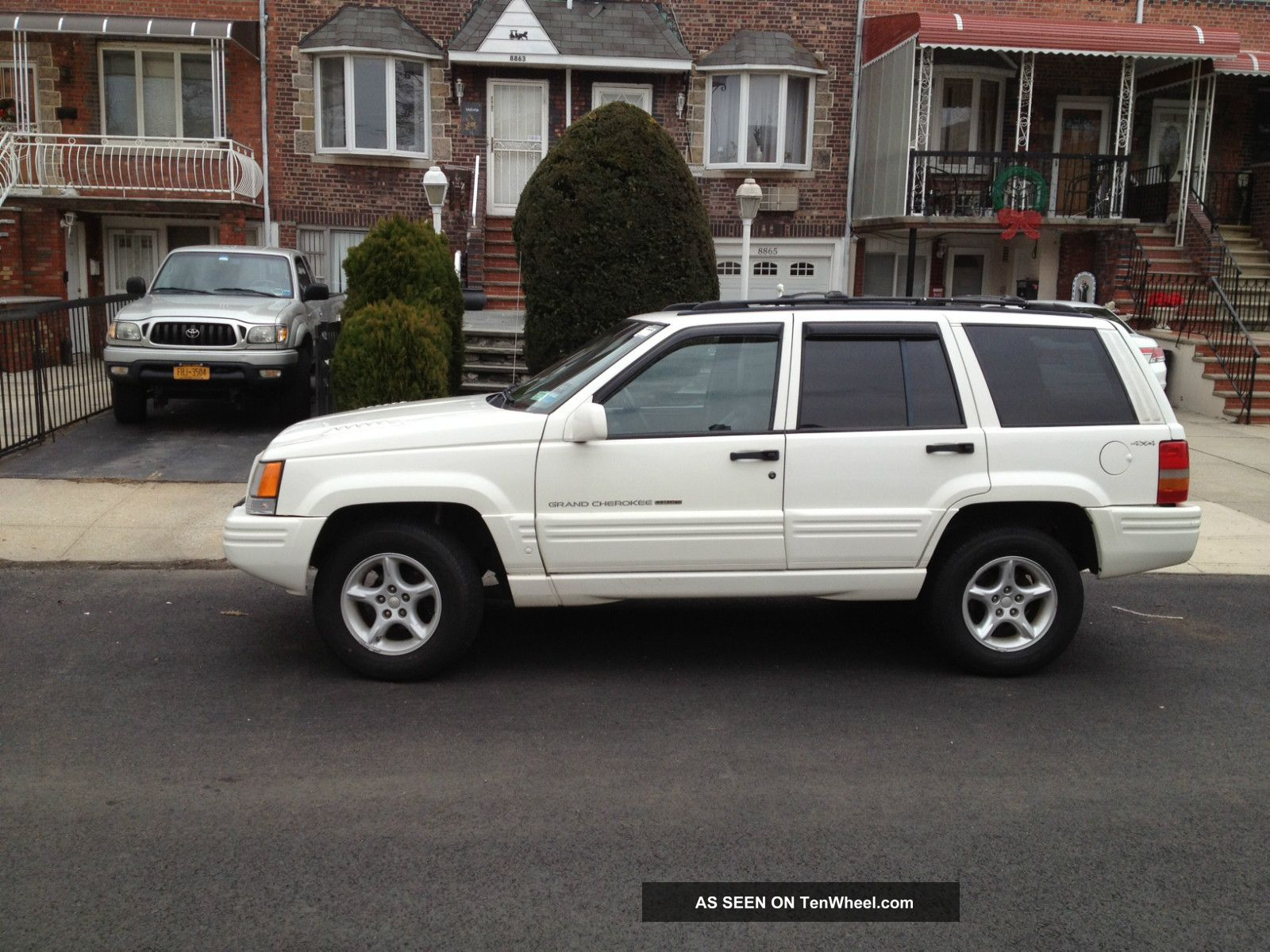 1998 jeep grand cherokee 5 9 limited sport utility 4 door 5 9l white. Black Bedroom Furniture Sets. Home Design Ideas