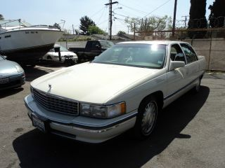 1996 Cadillac Deville Base Sedan 4 - Door 4.  6l, photo