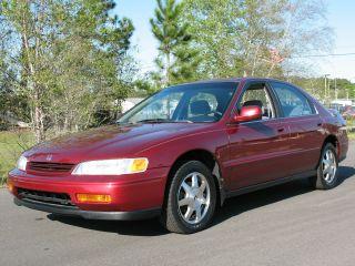 1995 Honda Accord Ex Sedan 4 - Door 2.  2l photo