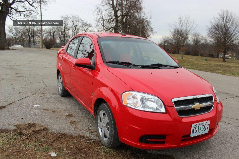 2009 Chevrolet Aveo Lt Sedan 4 - Door 1.  6l Aveo photo
