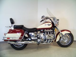 1998 Honda Gl1500 Valkyrie Tourer Gold Wing Motor Motorcycle photo