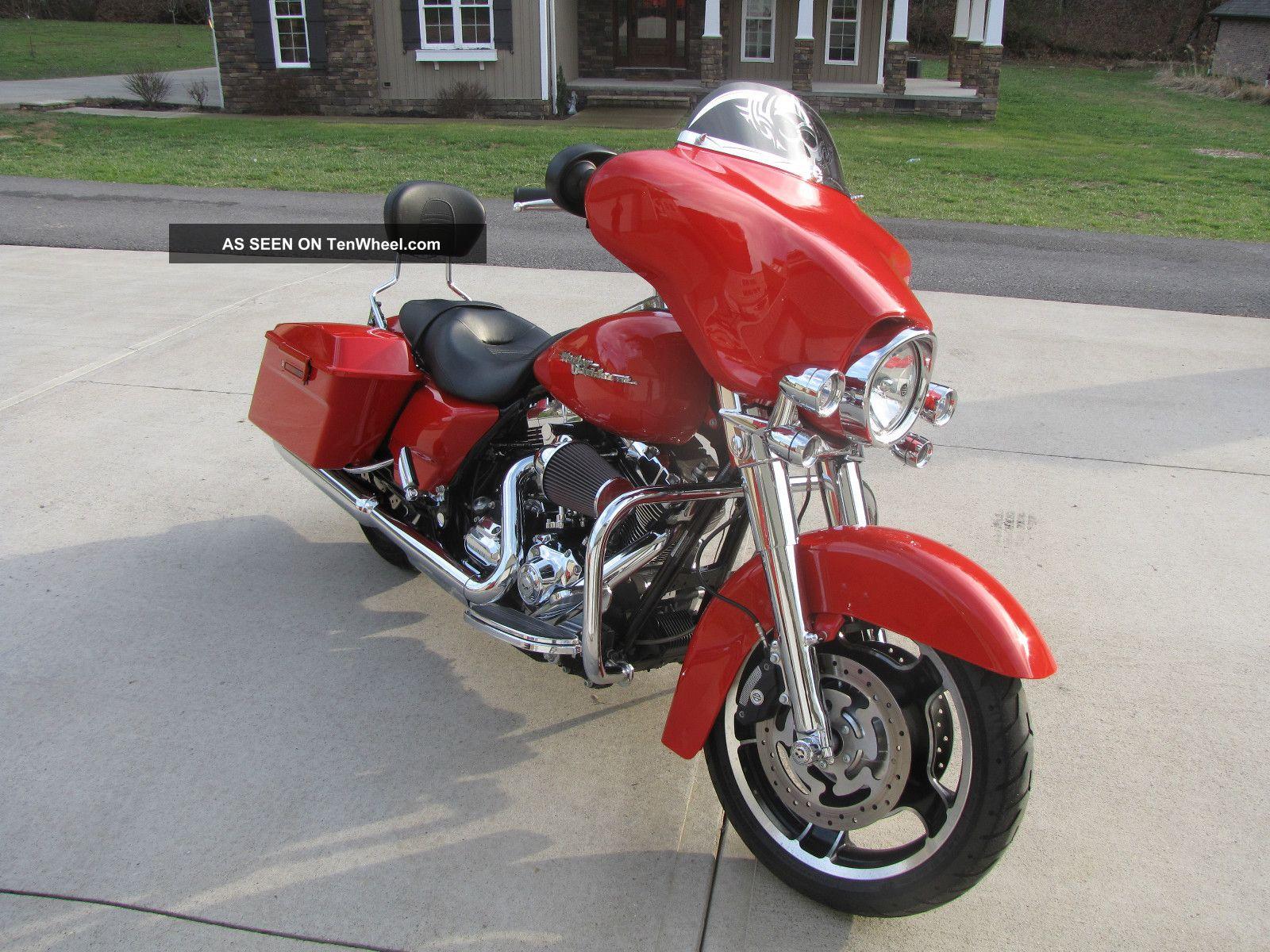 2010 harley davidson street glide flhx bike lots of extras. Black Bedroom Furniture Sets. Home Design Ideas