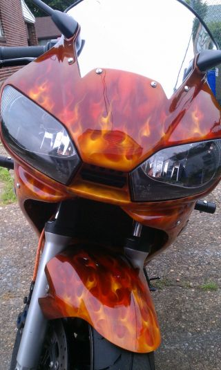 2002 Yamaha R6 Custom Hot photo