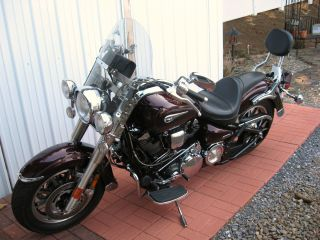 2005 Yahama Road Star,  1700cc.  Belt Drive,  22,  000 Mi.  Black Cherry Tires photo