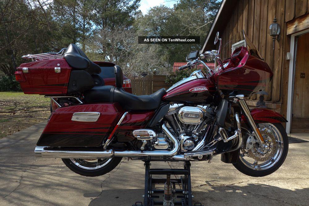 Harley Davidson 2011 Fltruse Cvo Screamin Eagle Road