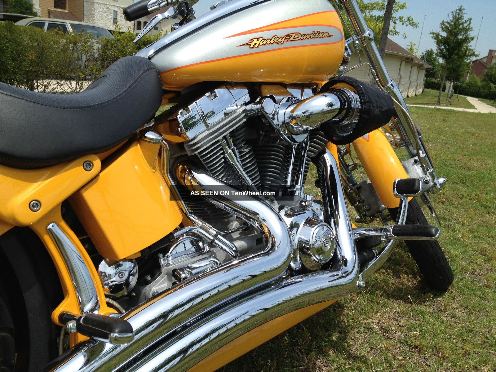 furthermore D Led Tail Lights For Flhx Cvo Lights likewise Harley besides Breakoutseat Pad likewise O. on harley davidson cvo deuce