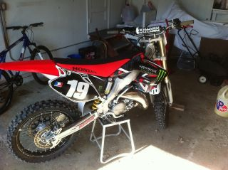 2007 Honda Cr125r Motorcross Bike photo