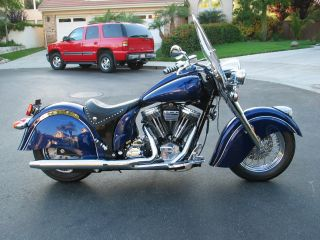 2002 Indian Chief.  100 Cu.  In.  Bottlecap Motor.  Custom Blue Paint photo