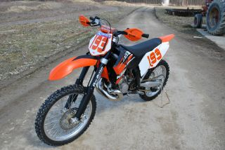 2008 Ktm 200xc,  Piston And Fmf Pipe photo