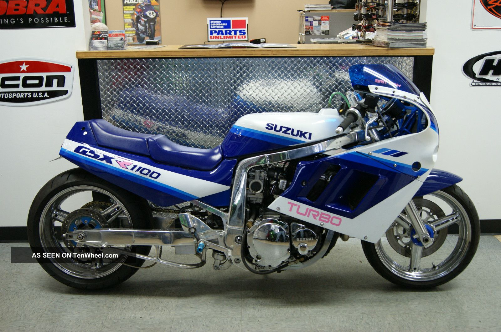 1990 suzuki gsxr 1100 turbo blue white extended 1186cc engine over 220 hp. Black Bedroom Furniture Sets. Home Design Ideas