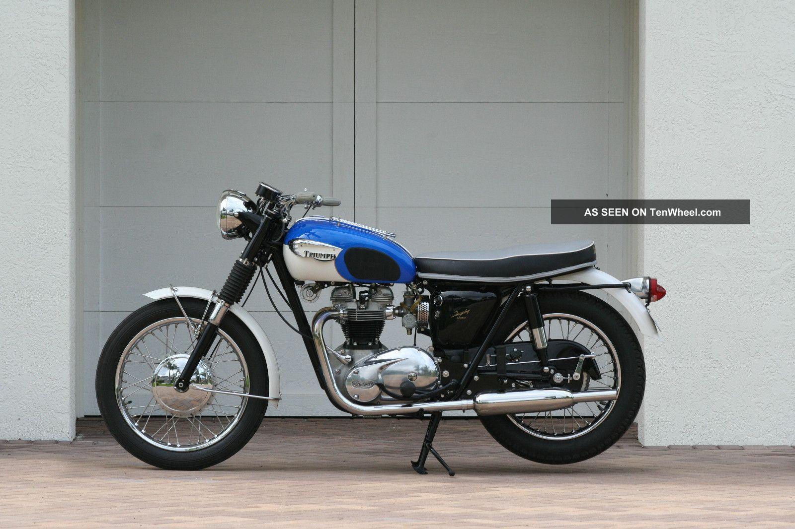 1966 Triumph Tr6sr Trophy Motorcycle Amca Winners Circle