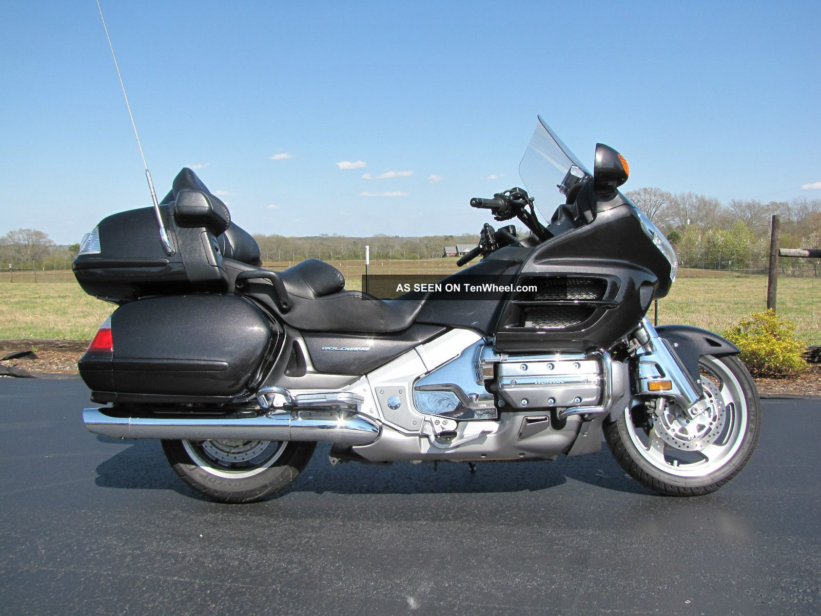 2010 Honda Goldwing Gl1800 Motorcycle (comfort Model)