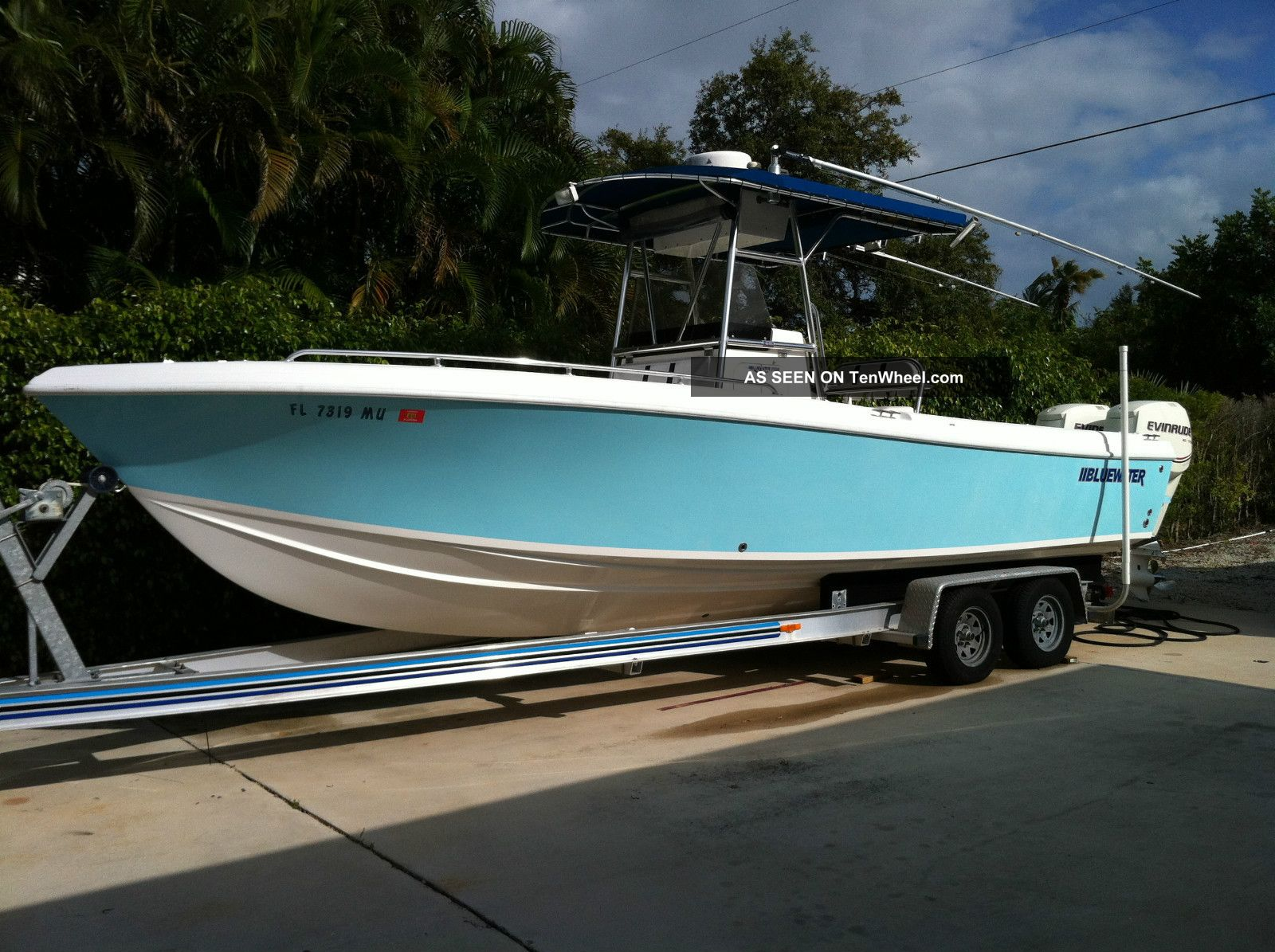 2005 Bluewater 2550 Offshore Saltwater Fishing photo