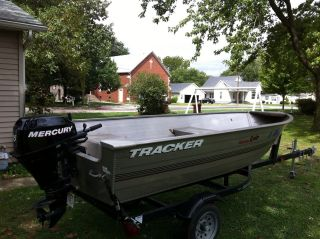 2007 Bass Tracker Deep V 12 photo