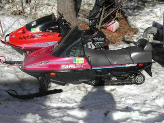 1994 Ski - Doo 1994 Formula Z & 1991 Safari Le photo