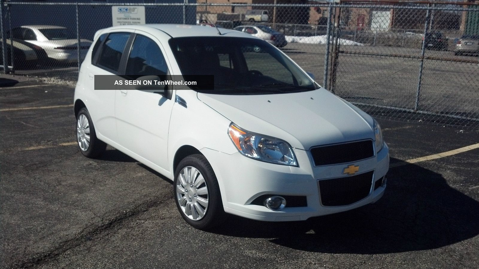 2011 chevrolet aveo chevrolet aveo hatchback. Black Bedroom Furniture Sets. Home Design Ideas