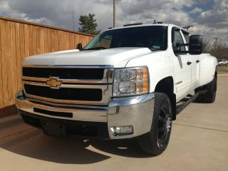 2009 Chevrolet Silverado 3500 Hd Lt Crew Cab Dually 4 - Door 6.  0l Gas 6 - Speed Auto photo