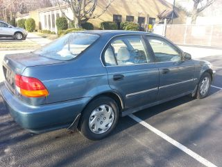 1996 Honda Civic Lx Sedan 4 - Door 1.  6l photo