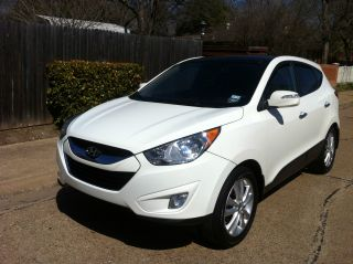 2011 Hyundai Tucson Limited Sport Utility 4 - Door 2.  4l photo