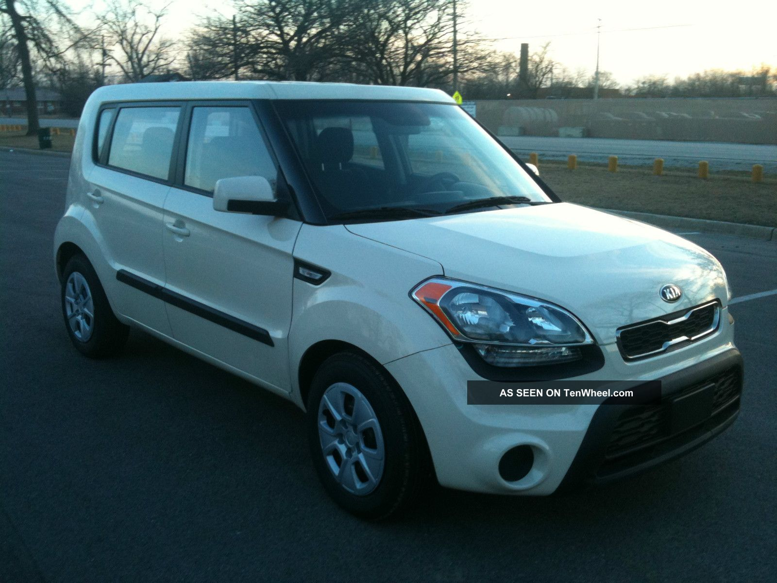 2013 kia soul almost very drive great 6 speed manual. Black Bedroom Furniture Sets. Home Design Ideas