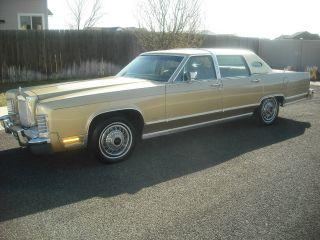 1979 Lincoln Town Car photo