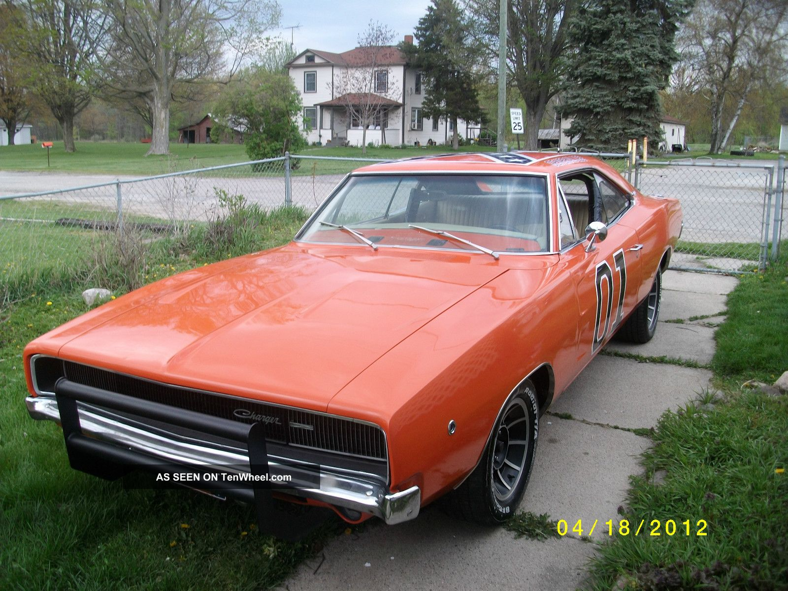 1968 dodge charger general lee pictures to pin on pinterest pinsdaddy. Black Bedroom Furniture Sets. Home Design Ideas