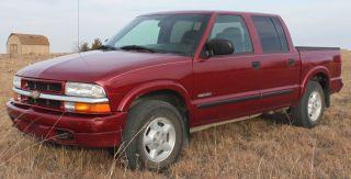 2004 Chevrolet S - 10 photo