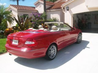 2008 Mercedes Benz Clk 350 Convertibl​e.  Mars Red photo