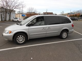 2003 Chrysler Town & Country 97k Fully Loaded & photo