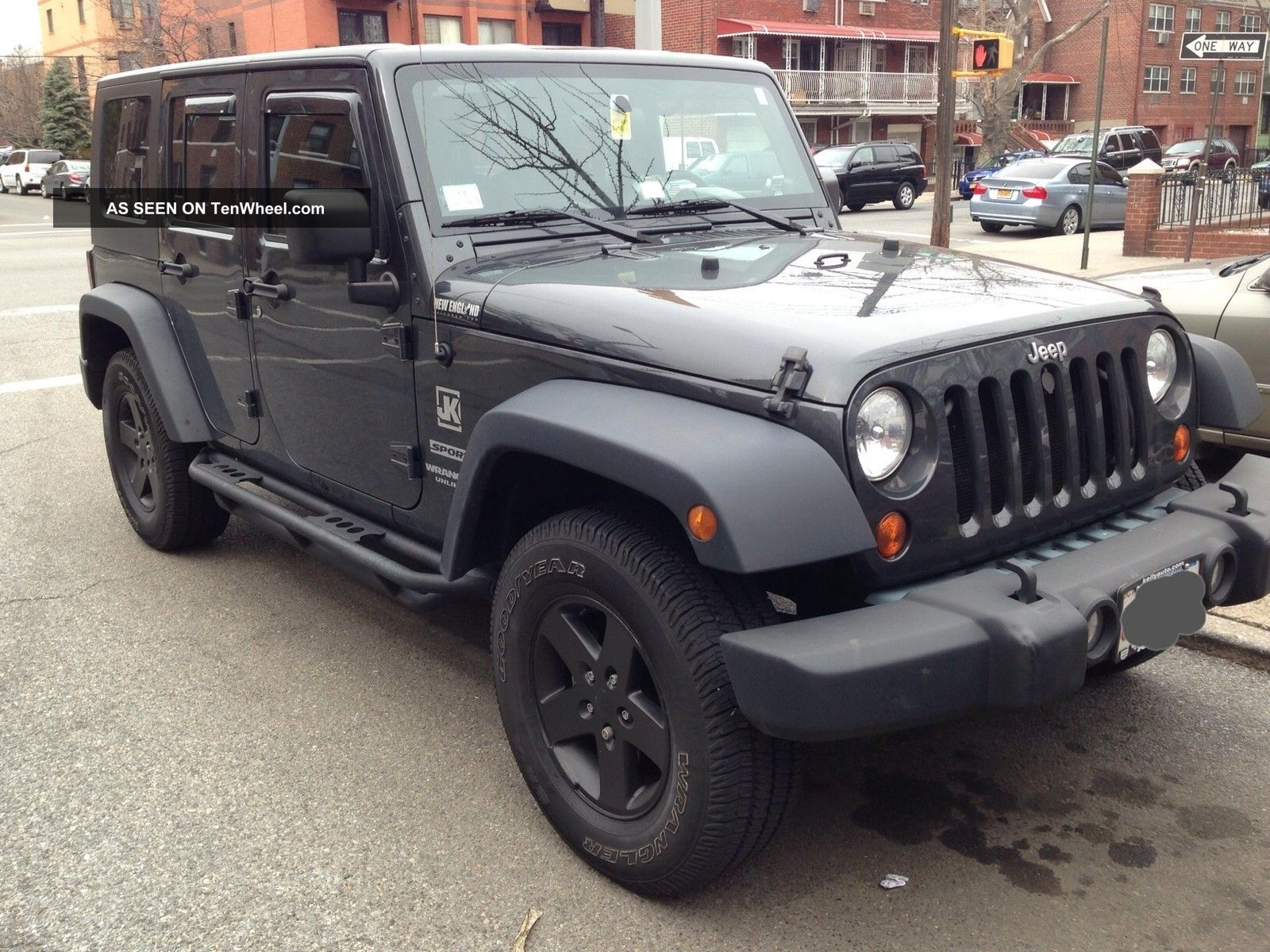 2010 jeep wrangler unlimited sport utility 4 door 3 8l automatic. Black Bedroom Furniture Sets. Home Design Ideas