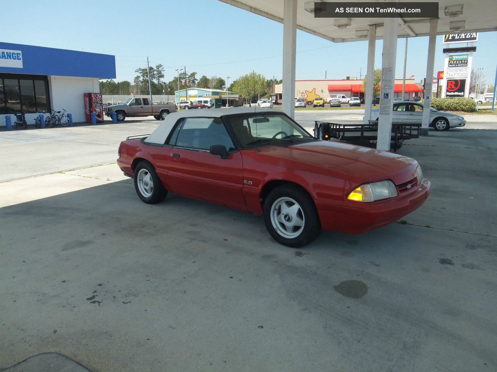 1992 Ford Mustang Lx Convertible 2 - Door 5.  0l Red With White Top Mustang photo