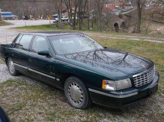 1998 Cadillac De Ville photo