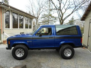 1986 Ford Broncoll 4x4 photo