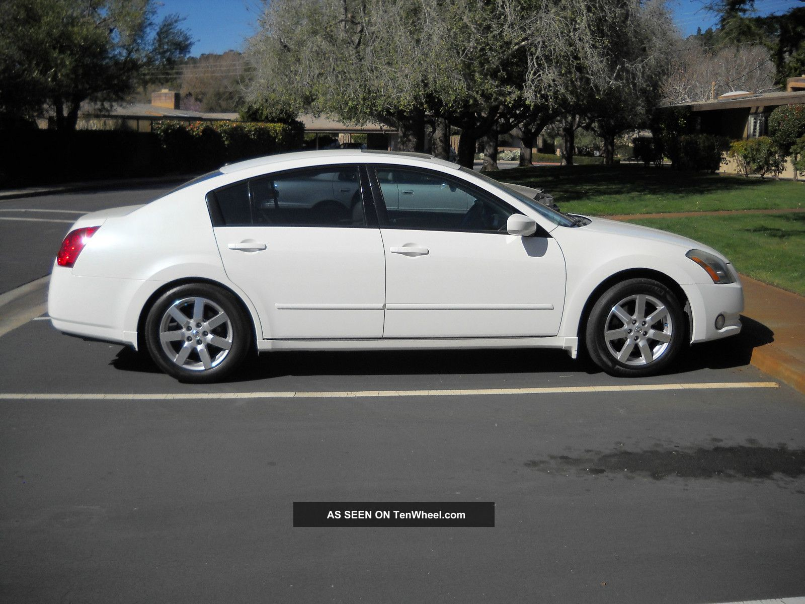 2013 Nissan Maxima Tinted Windows