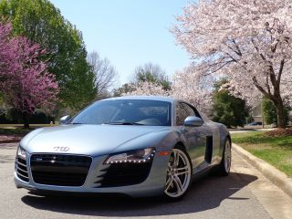 2008 Audi R8 Coupe 4.  2l V8 Rare 6 - Speed Manual photo
